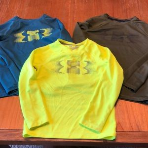 Boys size small Under Armour long sleeved shirts